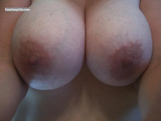 Tit Flash: Wife's Very Big Tits - Hot Momma from United States